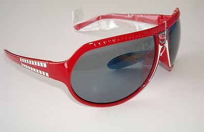 De Stunna 2 Shades Red and White Side